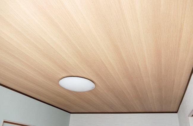 木目クロスの天井